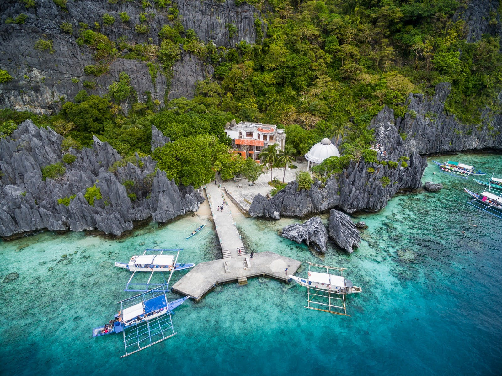 El Nido Matinloc Island Premium Private Tour with Transfers & Kayak | Hidden Beach & Secret Beach