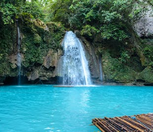 Kawasan Falls Cebu Private Day Tour with Transfer & Lunch