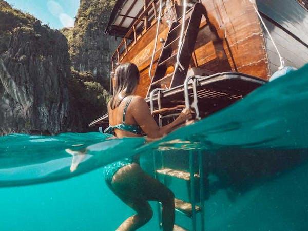 El Nido Yachting Club