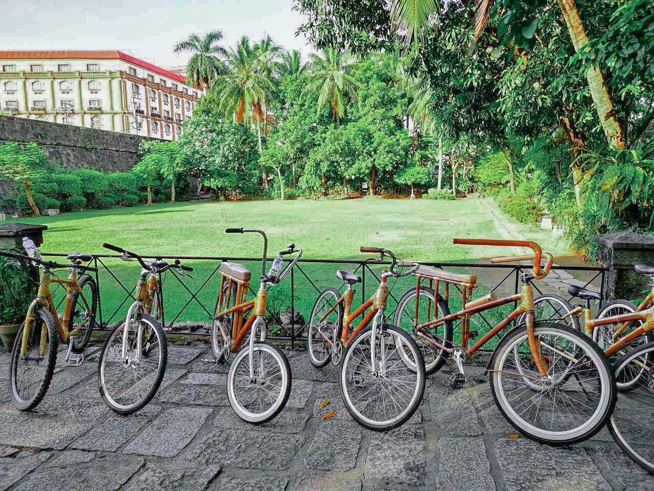 Historical Intramuros Manila Guided Tour in Eco-Friendly Bamboo Bikes