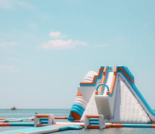 Subic Inflatable Island Splash 2-hr Play Pass | Day Tour from Manila