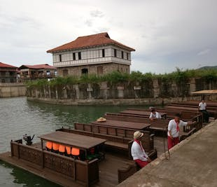Las Casas Filipinas de Acuzar Day Tour in Bataan | With Transfers from Manila