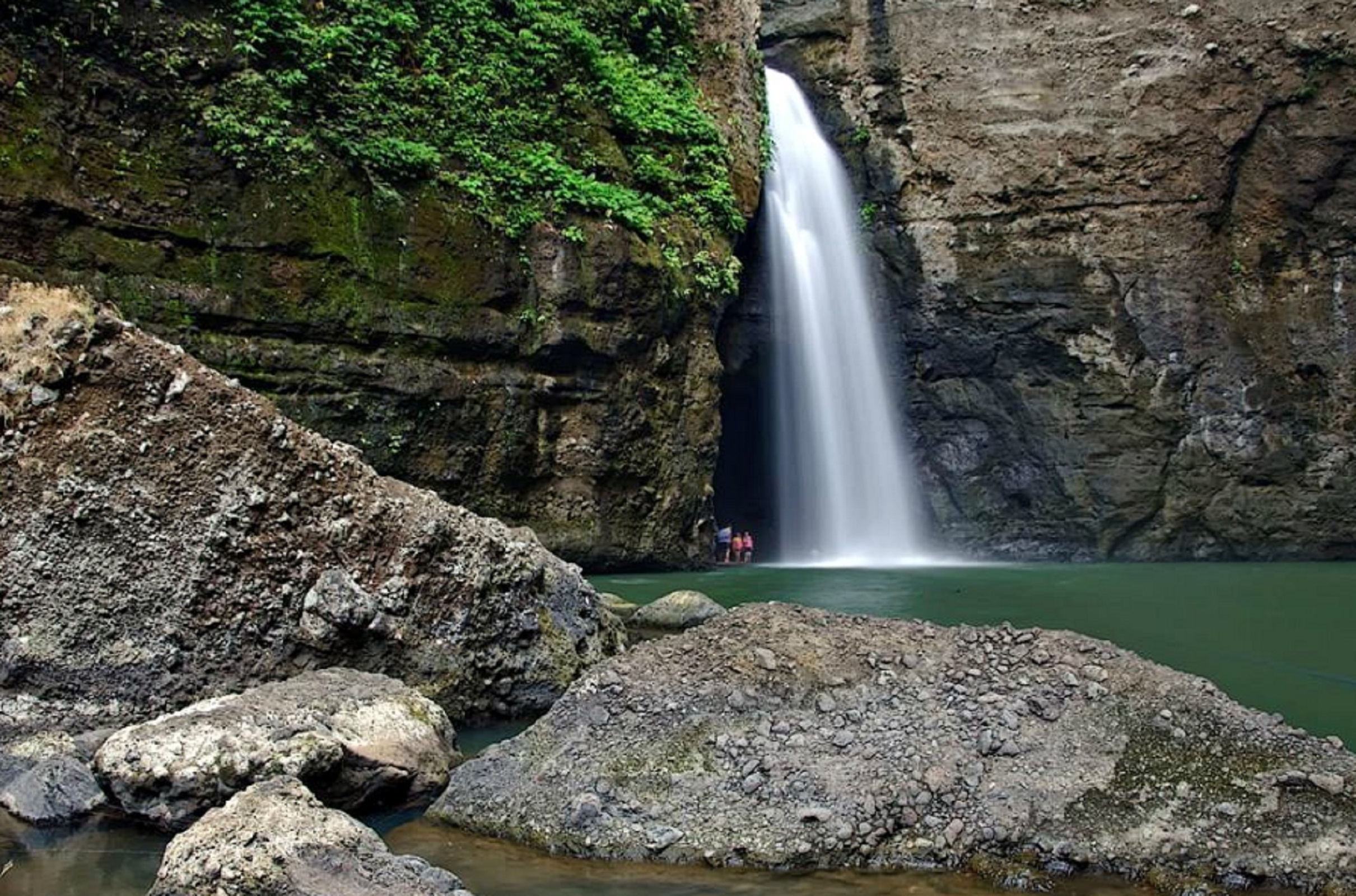 Pagsanjan Falls Laguna Day Tour | With Transfers from Manila