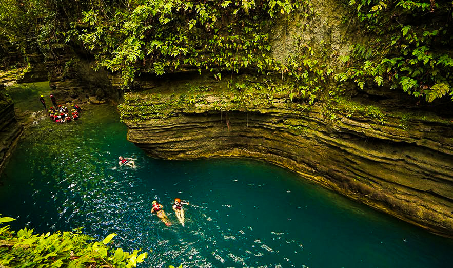 Badian Canyoneering & Kawasan Falls Private Day Tour from Cebu City with Lunch
