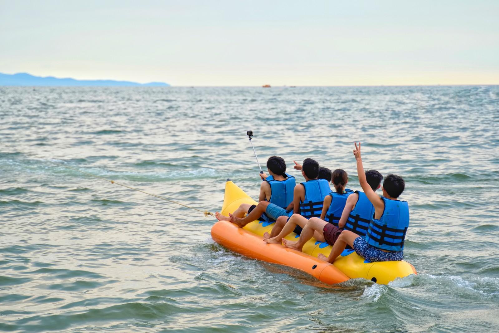 Meet new friends and ride a banana boat at Boracay