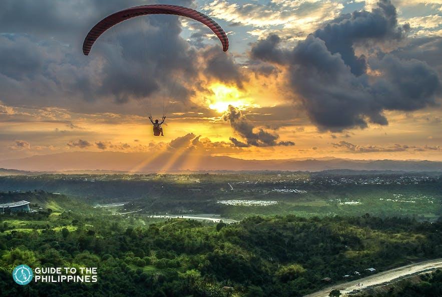 Sunset paragliding in Cagayan de Oro