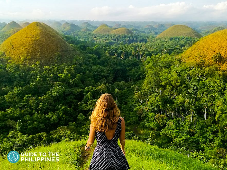 Traveler in Chocolate Hills in Bohol