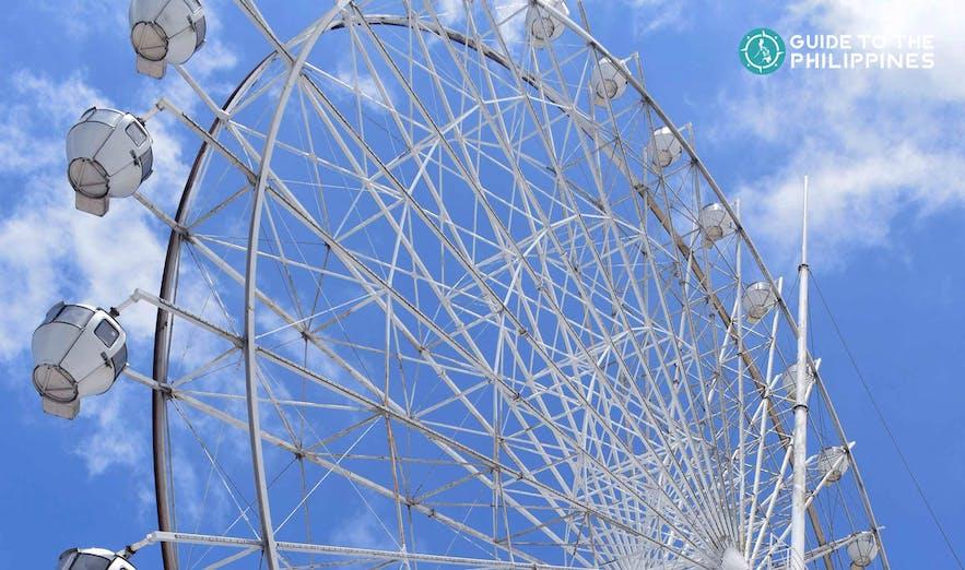 Ferris Wheel in Sky Ranch Tagaytay