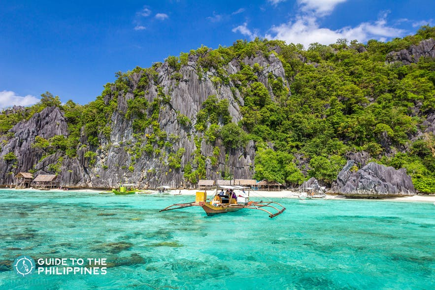 Enjoy a Coron island hopping tour