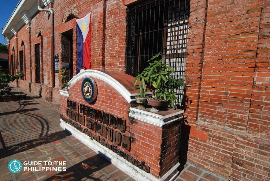 See the ruins of the San Fernando Train Station in Pampanga