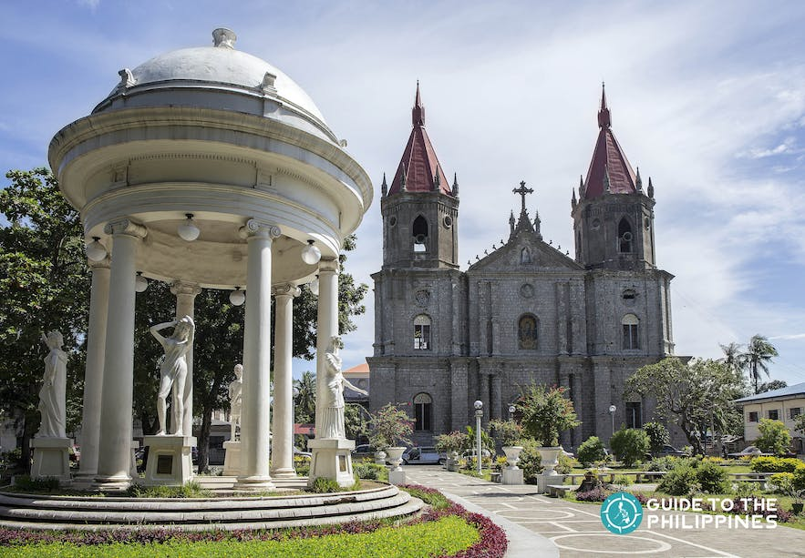 Molo Church, also called the female church in Iloilo City