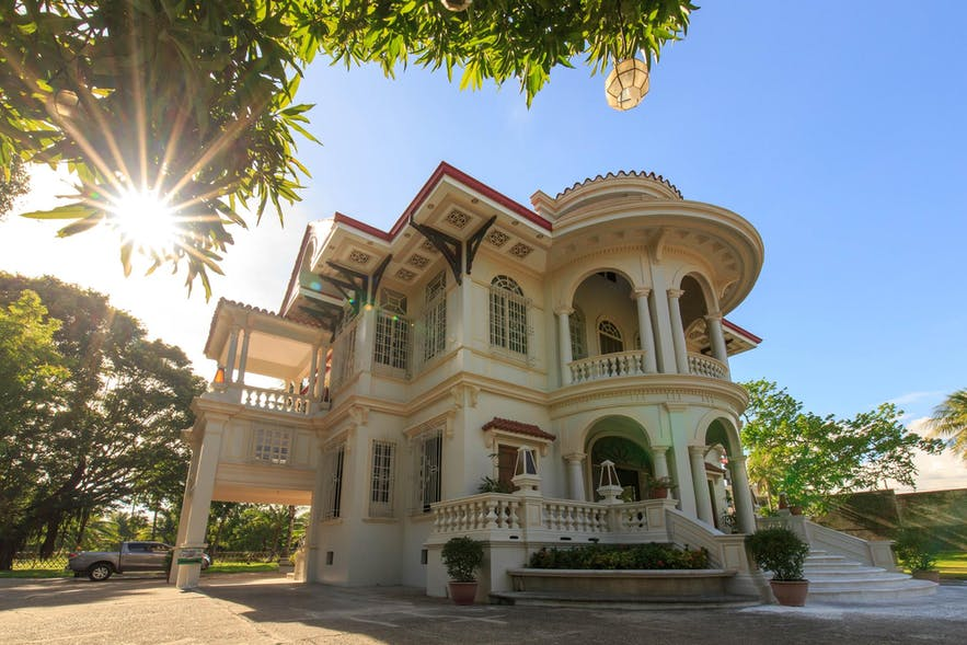 Molo Mansion which belonged to a wealthy family in Iloilo
