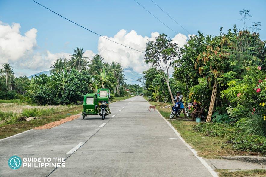 getting around malapascua island