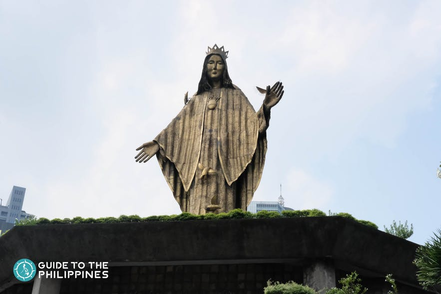 People Power monument located in EDSA