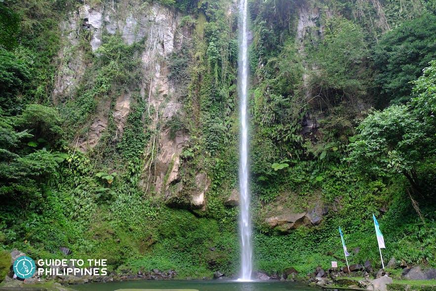 Lush environment and waters of Katibawasan Falls