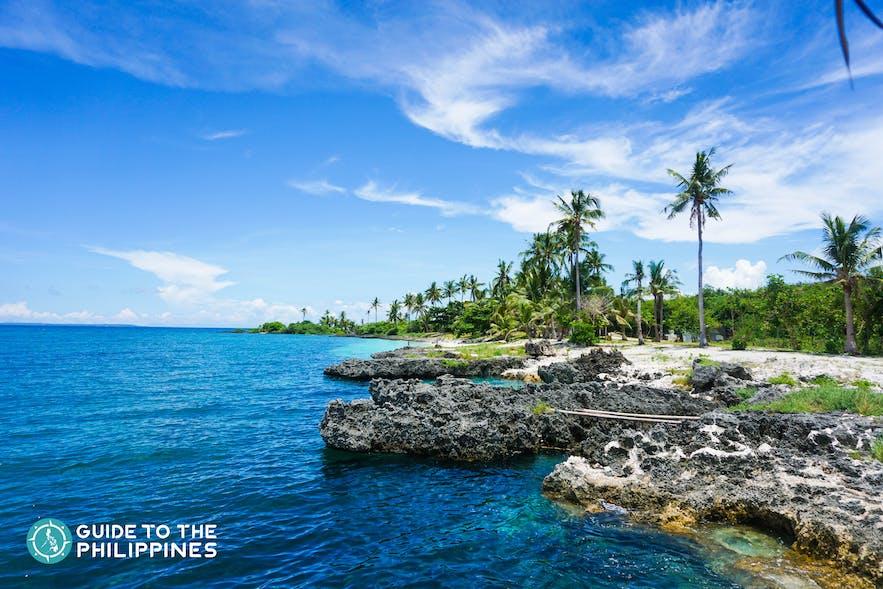 Blue waters and clear skies in Virgin Island