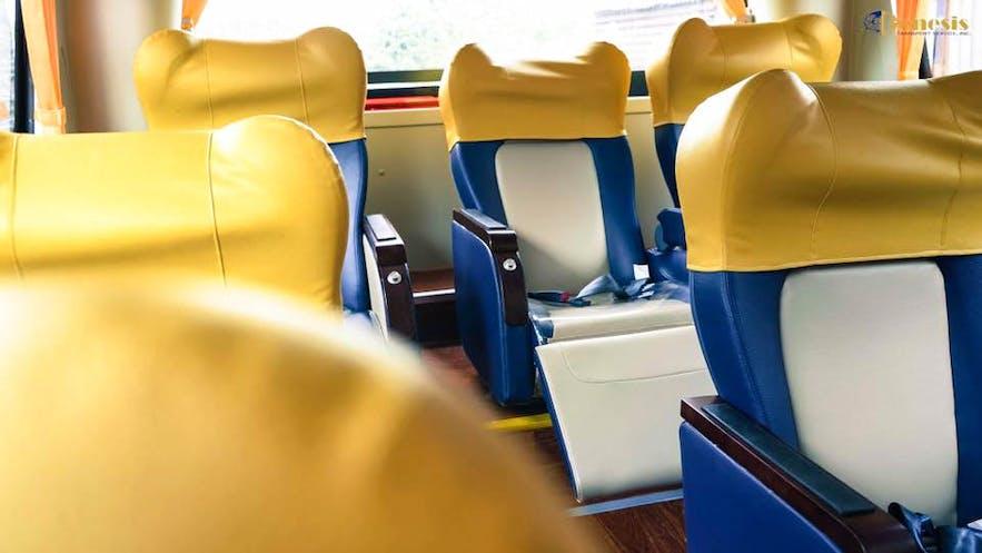 Executive coaches with spacious legroom of the brand new Joybus units