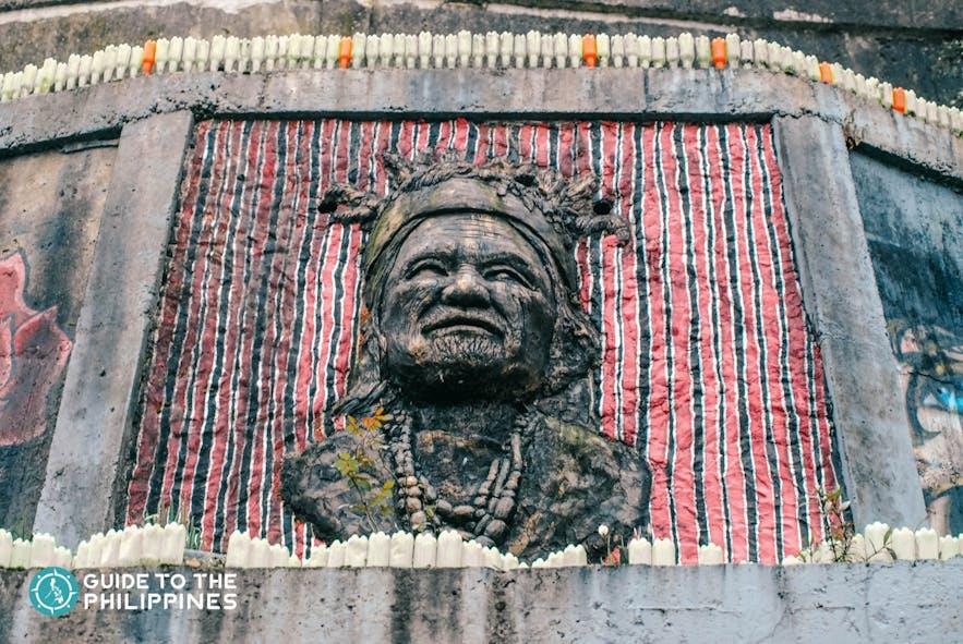 Face sculpture of a Cordilleran local at Tam-Awan Village