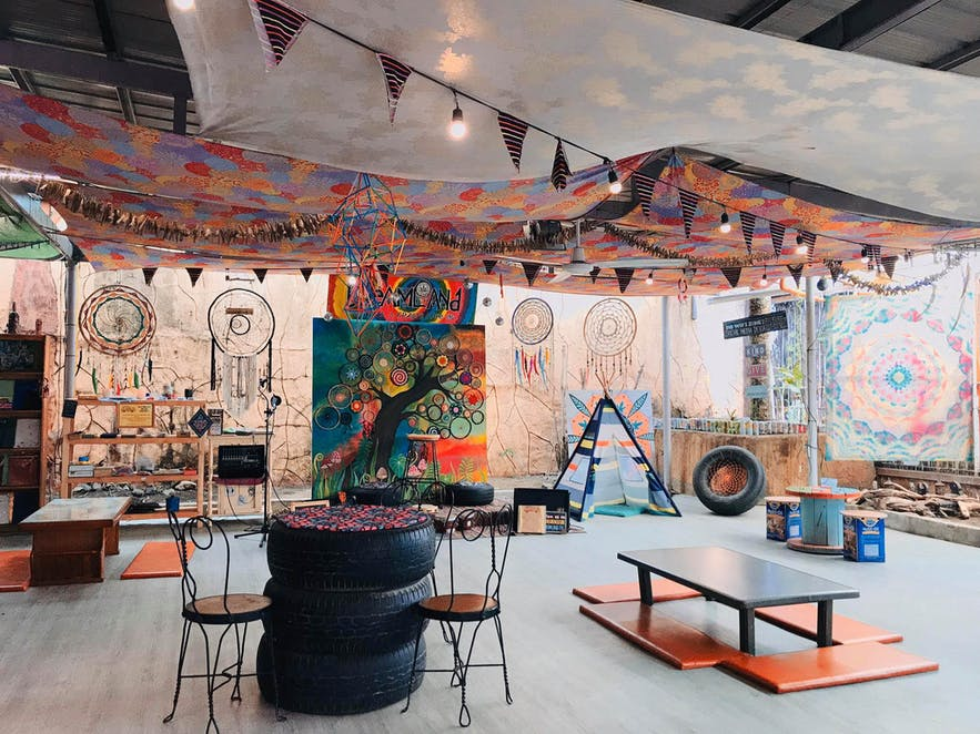 Interiors design of Dreamland Arts & Crafts Cafe in Tagaytay, Philippines