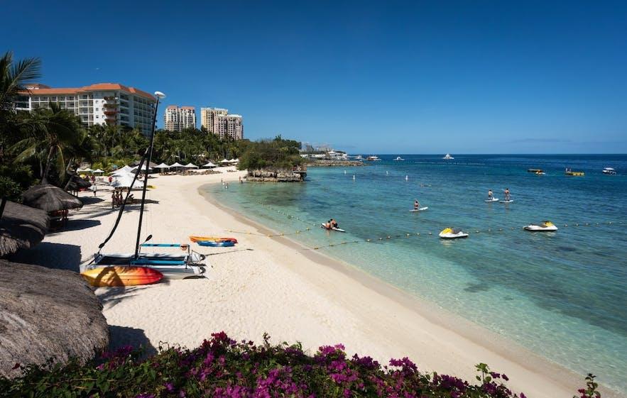 Beachfront view at Shangri-la's Mactan Resort and Spa