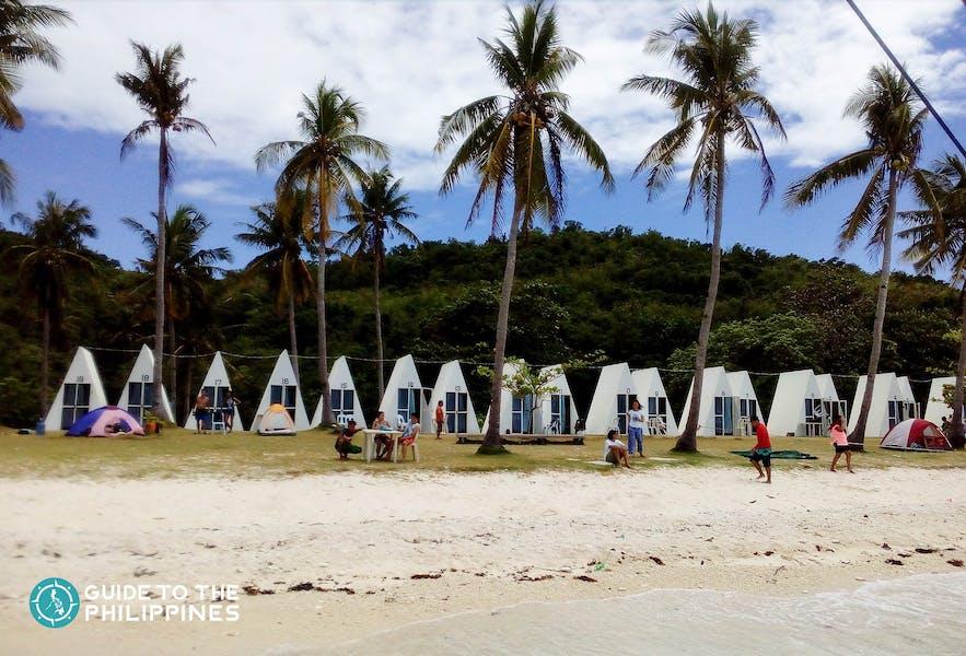 White sand beach of Carnaza Island in Cebu, Philippines