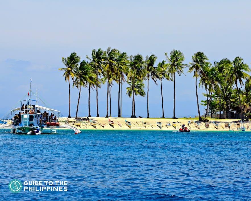 Getting into Malapascua Island