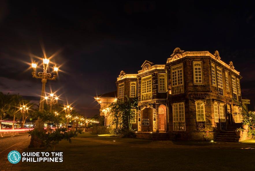 Night at Las Casas Filipinas de Acuzar in Bataan
