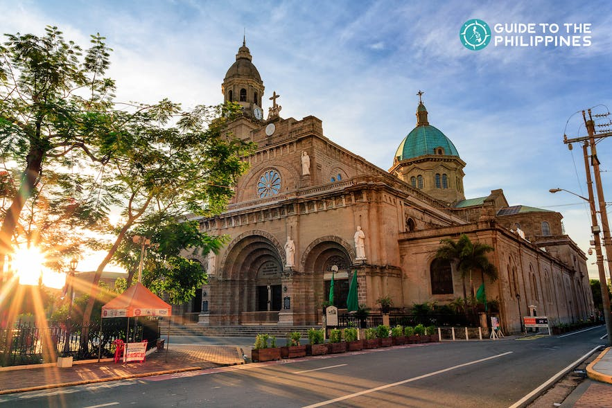 Sunset at Philippines' Manila Cathedral