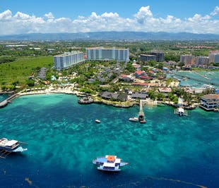 Mactan Cebu Watersports & Land Highlights Guided Tour with Lunch and Transfer