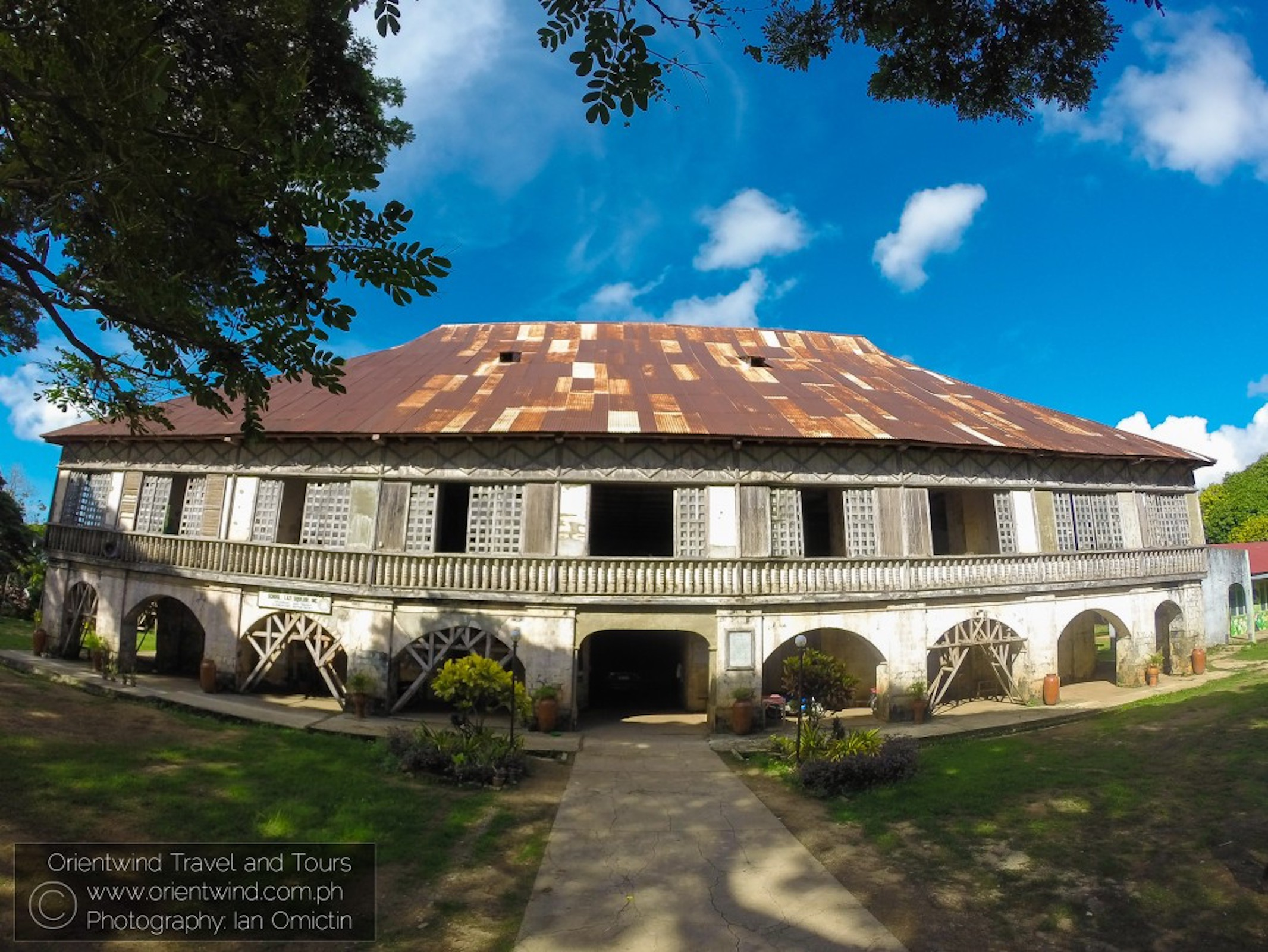 Siquijor Island Top Attractions Full-Day Tour with Lunch
