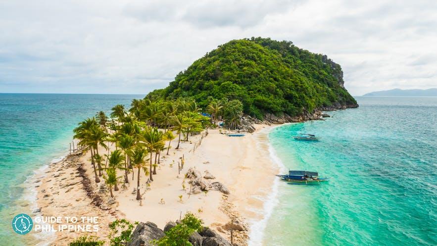 Island-hopping in Islas de Gigantes