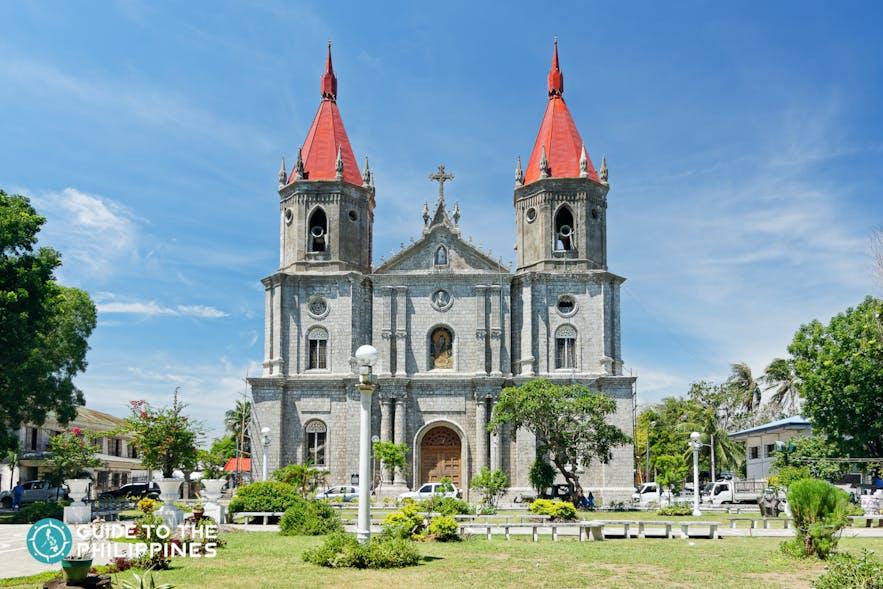 Front view of Molo church in Iloilo