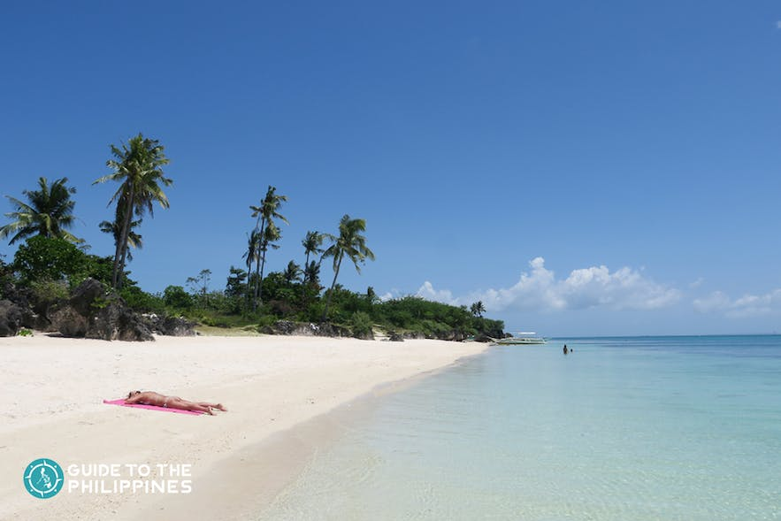 Quiet day at Paradise beach, Bantayan Island