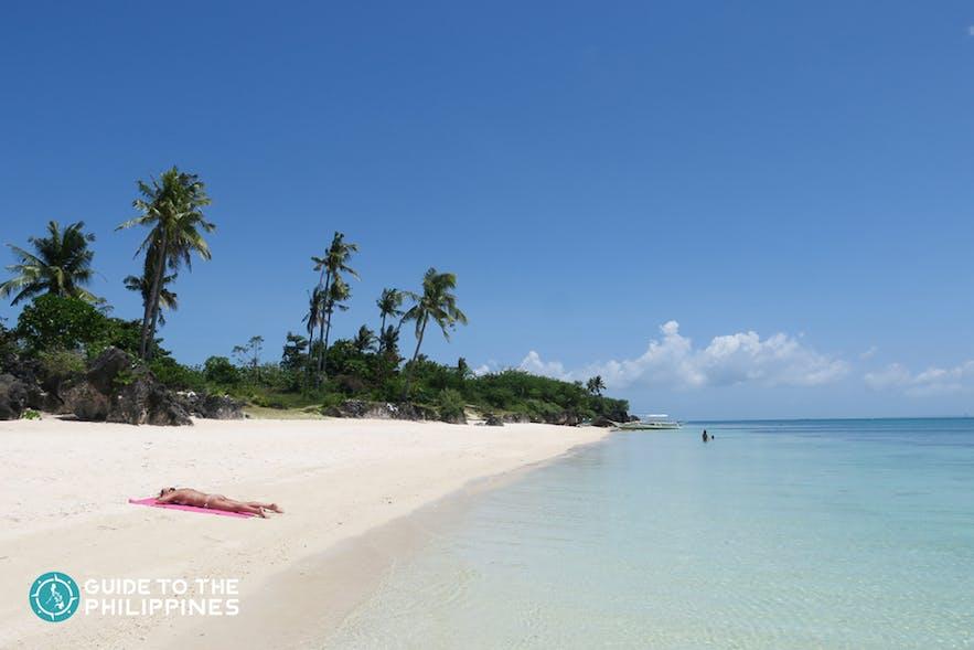 Quiet day at Paradise beach, Bantayan Island