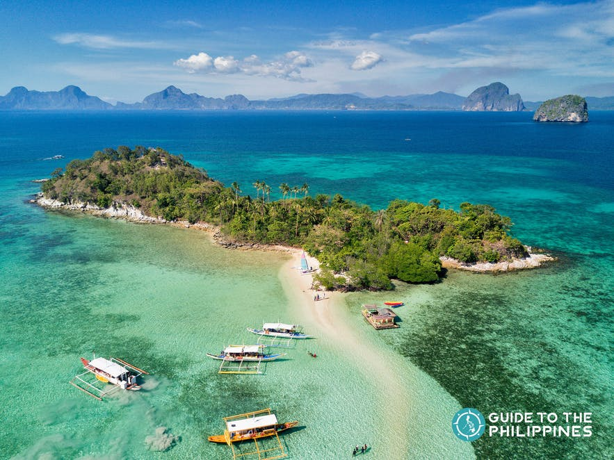Boats around Snake Island in El Nido, Palawan