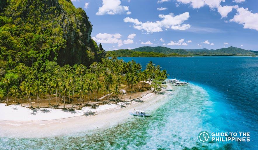 Pinagbuyutan Beach in El Nido, Palawan