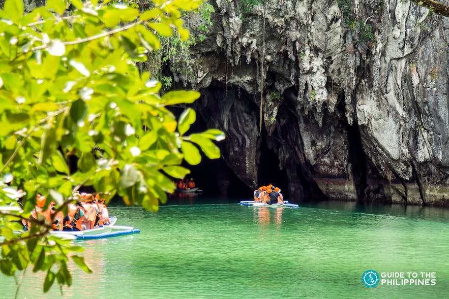 Travelers going into the Underground River in Puerto Princesa