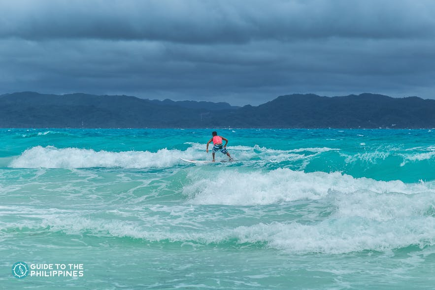 Intermediate Surfer in Siargao