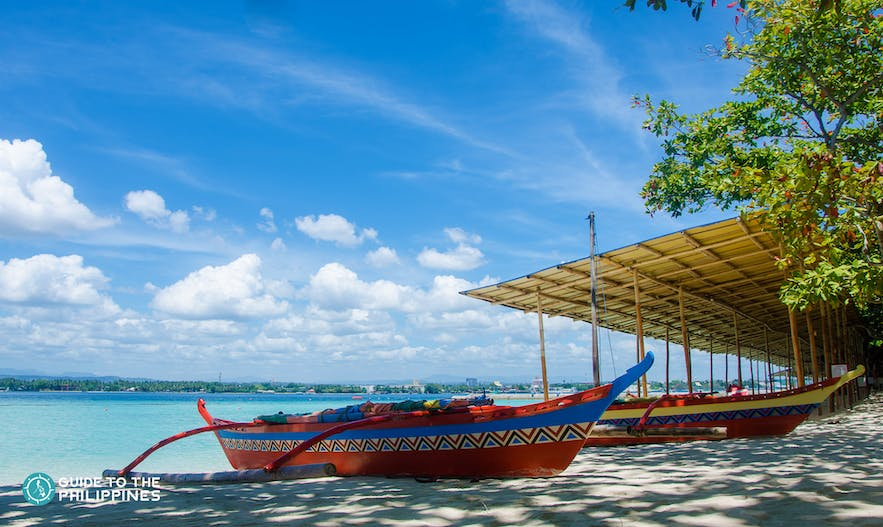 Paradise Island Park and Beach Resort's boats and white beach