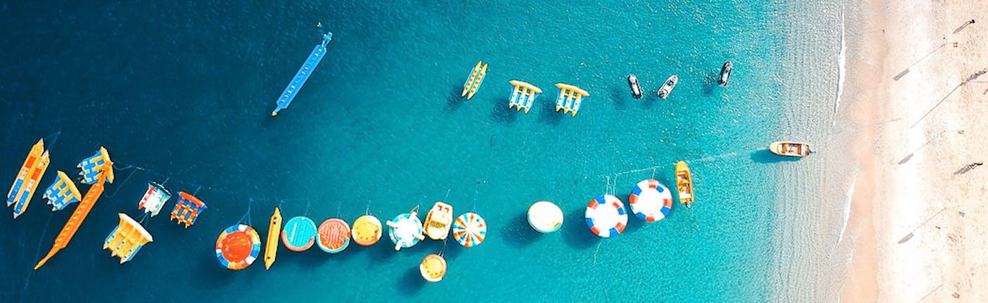 Activities at the white beach of Puerto Galera
