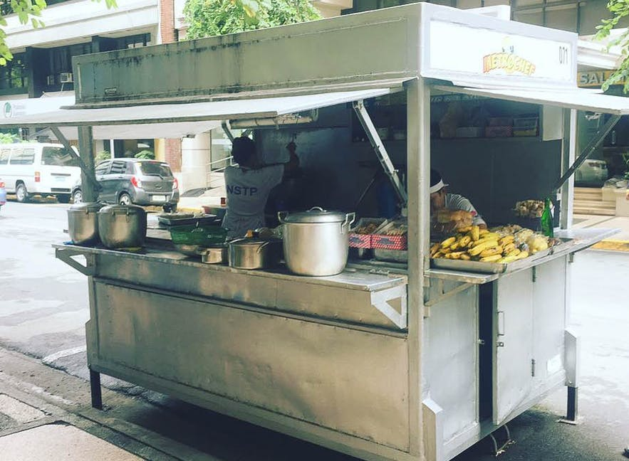 Jolly Jeep in Makati is a pop-up carinderia of homecooked meals