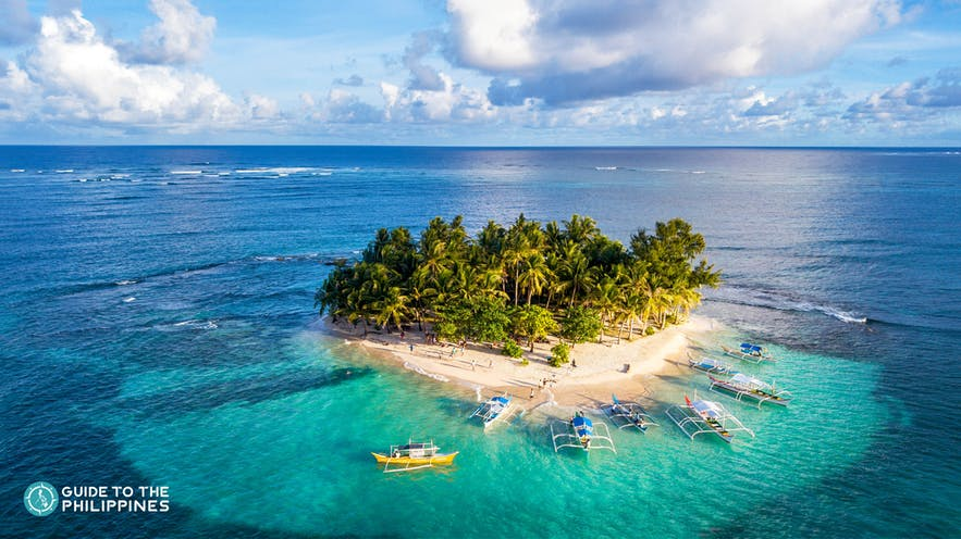 Island hopping at Guyam Island in Siargao