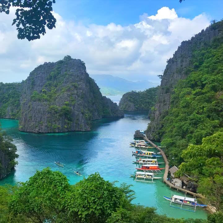 Coron Island Hopping Private Speedboat Tour | Kayangan Lake, Twin Lagoon & More