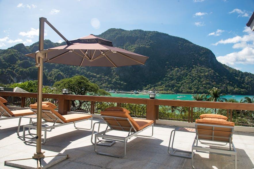 Sea view from the El Nido Garden Resort's beachfront pool