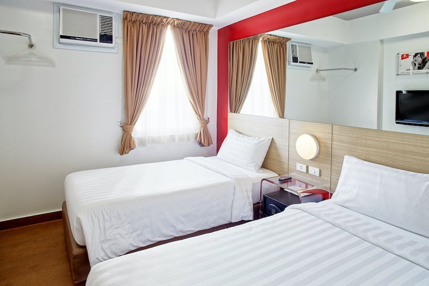 Twin rooms in Red Planet Quezon Timog in Quezon city