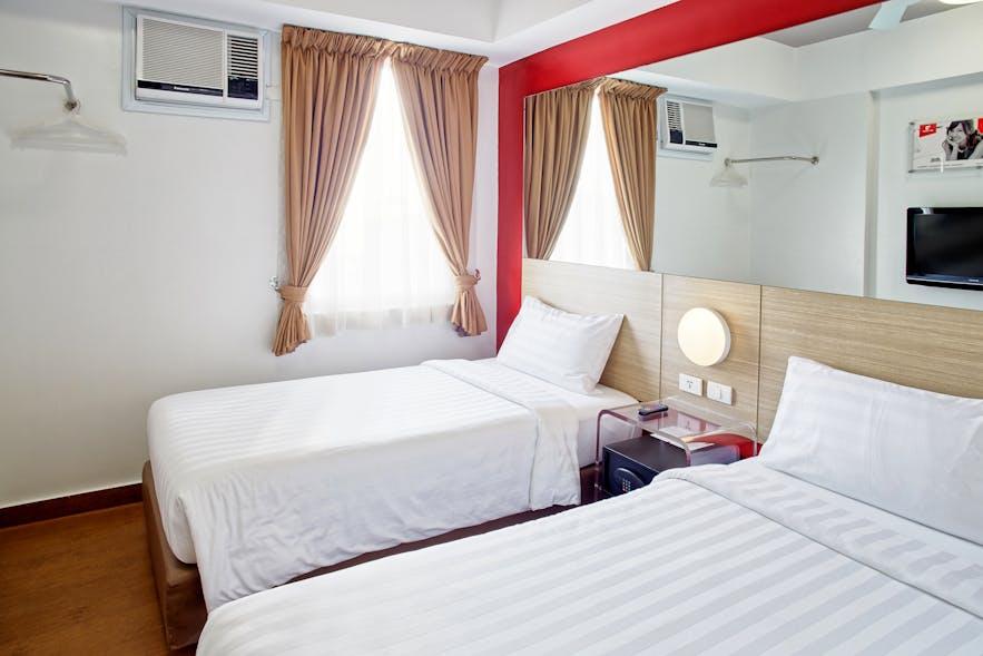 Twin rooms in Red Planet Quezon Timog in Quezon city