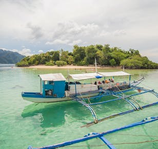 Coron Palawan Island Hopping with Kayangan Lake & Barracuda Lake | With Lunch & Snacks