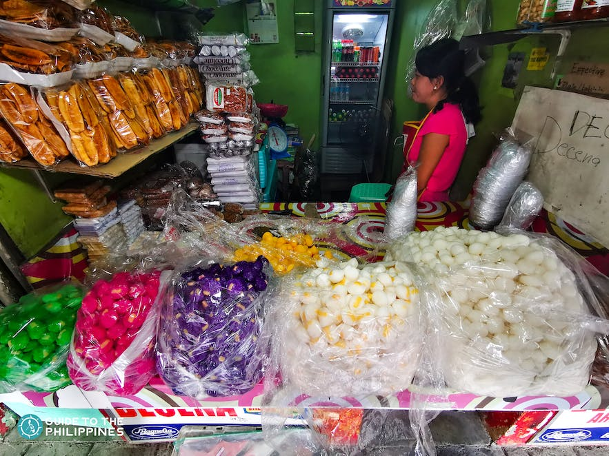 Store of local food products in Pangasinan such as Bangus, Calasiao Puto and Tupig