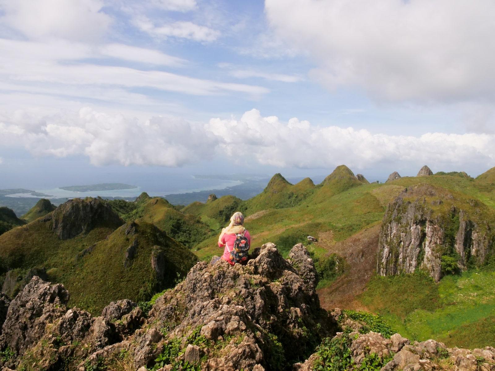 Cebu Osmeña Peak Hike & Canyoneering Tour with Lunch and Transfers from Cebu City