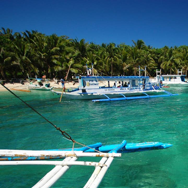 Mactan Island Hopping & Snorkeling Private Tour with Lunch & Transfers